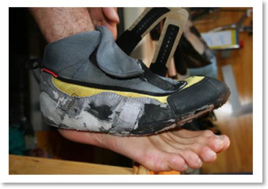 reparation chaussons escalade, ressemelage chaussons escalade, ressemelage chausson escalade, reparation chausson escalade, reparation chaussures de randonnée, reparation chaussures de montagne, ressemelage chaussures de montagne, ressemelage no edge, ressemelage chausson scarpa, ressemelage chausson la sportiva, reparation futura, reparation genius, ressemelage meindl, ressemelage salewa, ressemelage scarpa, ressemelage la sportiva, reparation lowa, reparation nepal top, reparation duvet, reparation goretex, reparation gore tex, changement fermeture eclair, reparation YKK, reparation veste de ski, accroc duvet, accroc doudoune, trous duvet, trou sac à dos, reparation tente, reparation sac à dos, reparation duvet, reparation vêtement techniques, reparation vêtement montagne, ressemelage millet, reparation lafuma, reparation garmont chaussures, reparation vibram, changement semelle vibram, ressemelage chaussons escalade lyon, reparation gore tex lyon, reparation goretex lyon, ressemelage chaussures montagne lyon, reparation chaussure montagne lyon, remplacement sangle sac à dos lyon, reparation tente lyon, reparation pantalon alpinisme, reparation pantalon ski, reparation manteau ski, fermeture eclair lyon, renfort sac a dos, renfort pantalon gore tex, ressemelage officiel la sportiva, ressemelage officiel scarpa